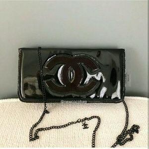 Brand new Chanel VIP gift Patent chain bag